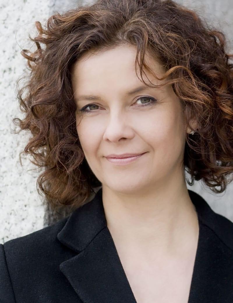 Angelika Kirschschlager